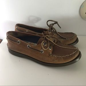 Classic brown Sperrys